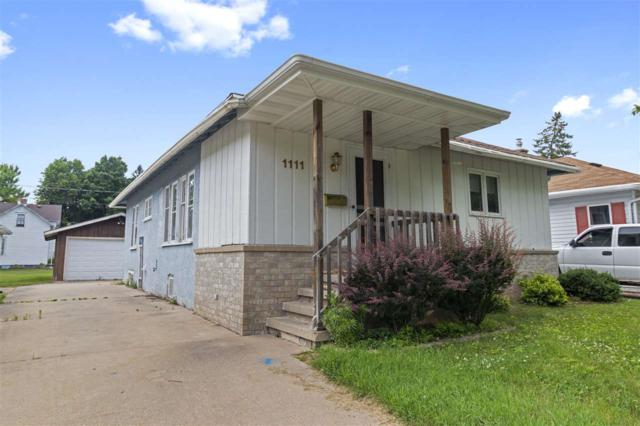 1111 S Algoma Street, New London, WI 54961 (#50186625) :: Todd Wiese Homeselling System, Inc.