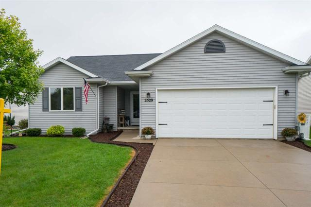 2529 Maple Grove Drive, Neenah, WI 54956 (#50191709) :: Symes Realty, LLC