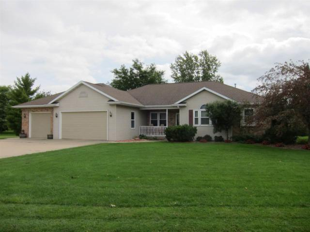 W2227 Pine Lane, Kaukauna, WI 54130 (#50192531) :: Dallaire Realty