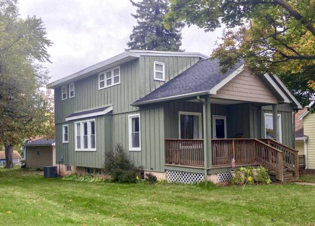 209 E Allouez Avenue, Green Bay, WI 54301 (#50194221) :: Todd Wiese Homeselling System, Inc.