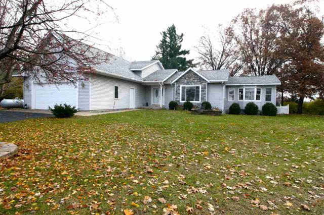 W2551 Princeton Road, Green Lake, WI 54941 (#50194374) :: Todd Wiese Homeselling System, Inc.