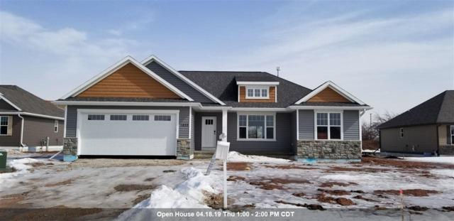 1833 Meadowland Court, Green Bay, WI 54311 (#50195870) :: Todd Wiese Homeselling System, Inc.