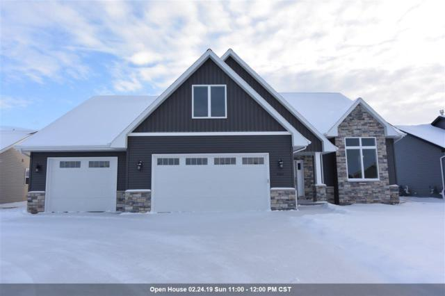 2065 Arrow Court, Appleton, WI 54913 (#50196085) :: Todd Wiese Homeselling System, Inc.