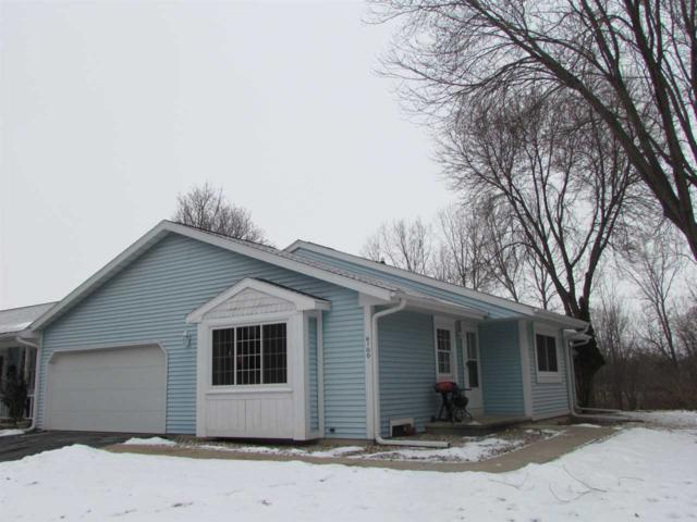 670 Stonehedge Lane D, Appleton, WI 54914 (#50196735) :: Todd Wiese Homeselling System, Inc.