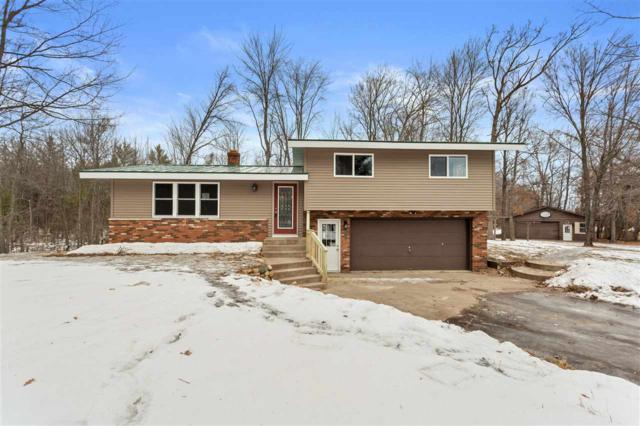 E618 Suhs Road, Waupaca, WI 54981 (#50196848) :: Dallaire Realty