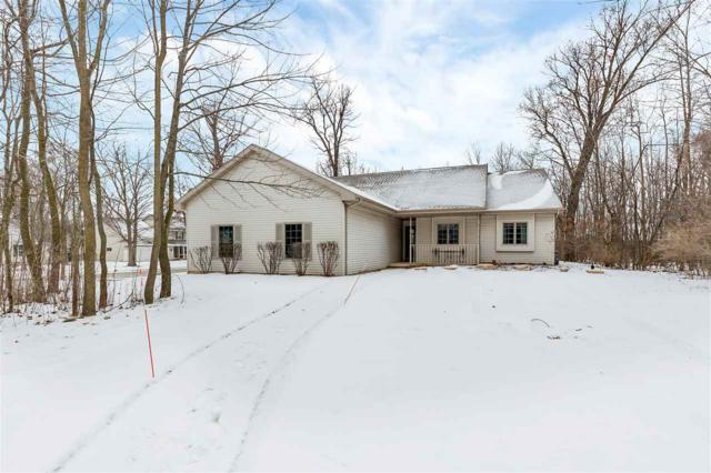 301 Spicewood Court, Wrightstown, WI 54180 (#50197064) :: Dallaire Realty