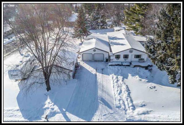 W9707 Meadowview Drive, Dale, WI 54931 (#50197156) :: Symes Realty, LLC
