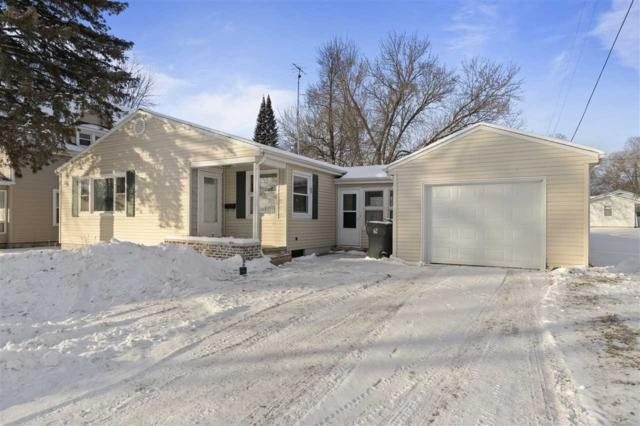 207 Mound Street, Berlin, WI 54923 (#50197185) :: Todd Wiese Homeselling System, Inc.