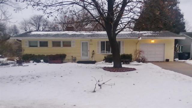3809 S Clay Street, Green Bay, WI 54301 (#50197477) :: Todd Wiese Homeselling System, Inc.