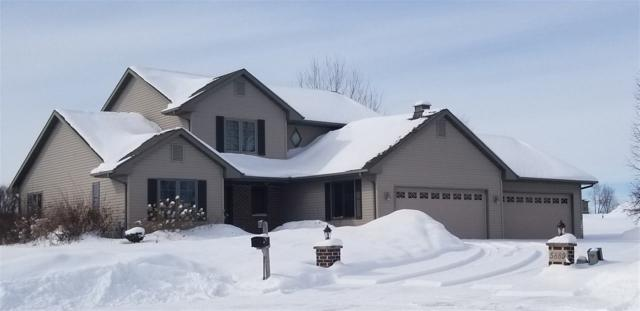 5889 Pointe West Drive, Winneconne, WI 54986 (#50198475) :: Todd Wiese Homeselling System, Inc.