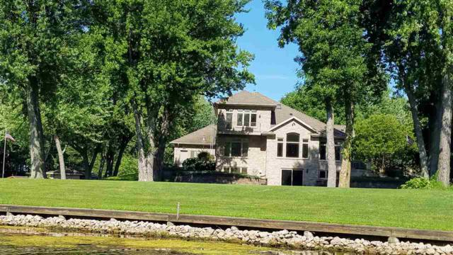 N169 Arrowhead Road, Fremont, WI 54940 (#50199043) :: Dallaire Realty