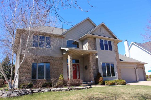 207 E Castlebury Lane, Appleton, WI 54913 (#50200842) :: Todd Wiese Homeselling System, Inc.