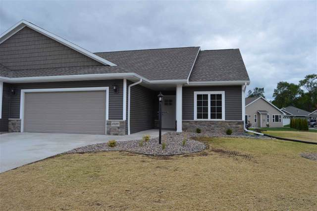 2229 Mahogany Circle #28, De Pere, WI 54115 (#50202501) :: Todd Wiese Homeselling System, Inc.
