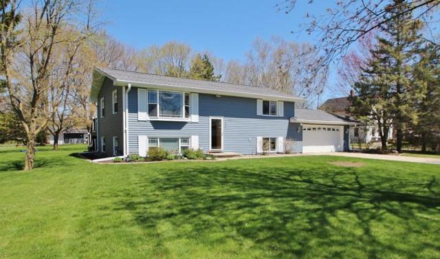 4430 Glendale Avenue, Green Bay, WI 54313 (#50202518) :: Todd Wiese Homeselling System, Inc.