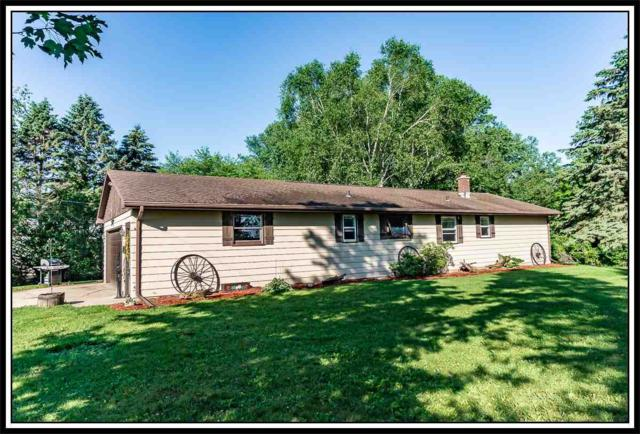 W4806 Country Gate Lane, Black Creek, WI 54106 (#50205723) :: Dallaire Realty