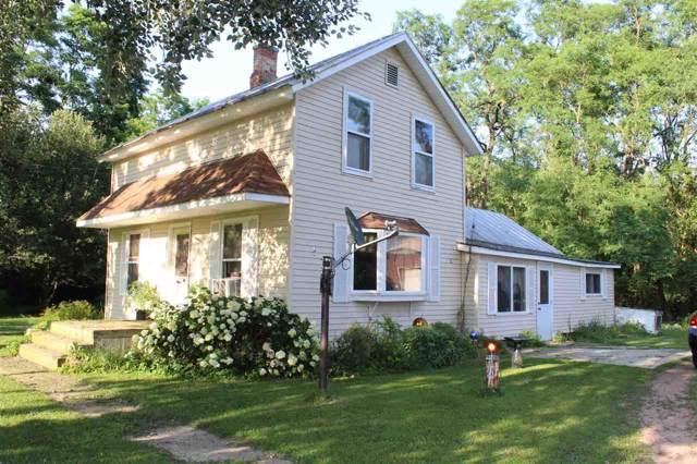 N2220 Old Hwy 22, Waupaca, WI 54981 (#50207666) :: Todd Wiese Homeselling System, Inc.