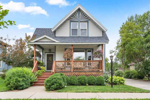 636 S Madison Street, Green Bay, WI 54301 (#50209580) :: Symes Realty, LLC
