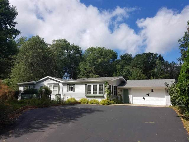 W5846 S Oak Park Circle, Shawano, WI 54166 (#50210666) :: Todd Wiese Homeselling System, Inc.