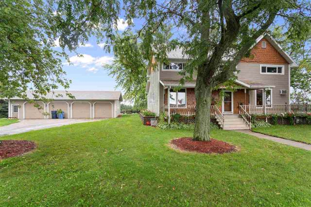 4549 Grimson Road, Oshkosh, WI 54904 (#50211980) :: Todd Wiese Homeselling System, Inc.