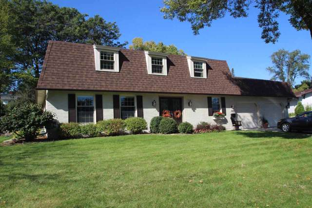 3020 Ravine Way, Green Bay, WI 54301 (#50212453) :: Todd Wiese Homeselling System, Inc.