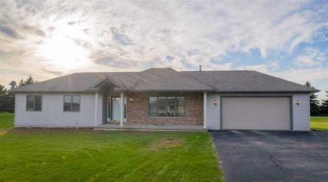 N4973 Tackman Lane, Shiocton, WI 54170 (#50213031) :: Symes Realty, LLC