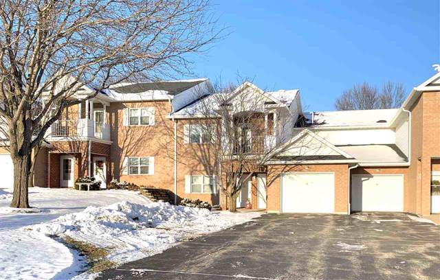 1807 Ridgeway Drive #37, De Pere, WI 54115 (#50214992) :: Todd Wiese Homeselling System, Inc.