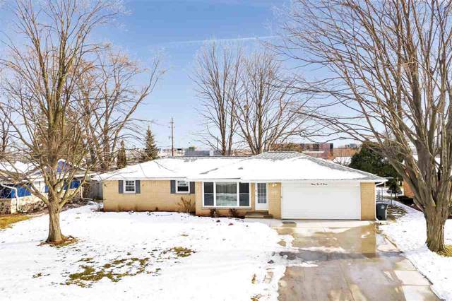 2107 Kassner Drive, Green Bay, WI 54304 (#50215331) :: Todd Wiese Homeselling System, Inc.