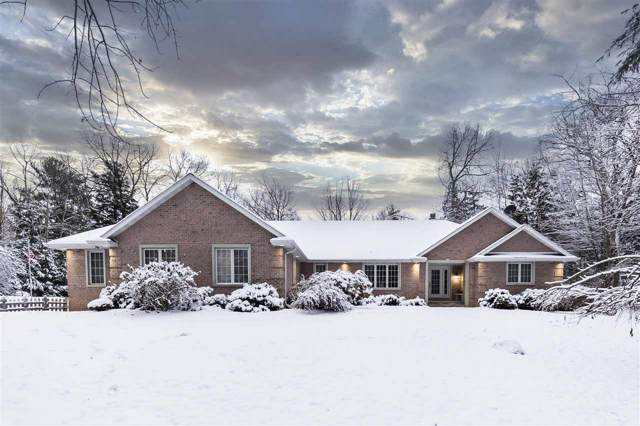 6240 Baywood Circle, Luxemburg, WI 54217 (#50215604) :: Todd Wiese Homeselling System, Inc.