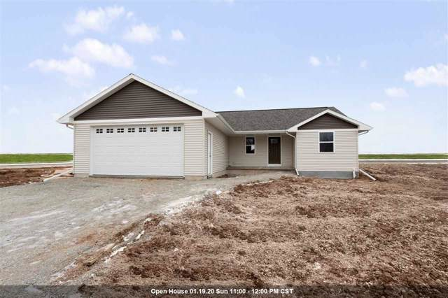 2601 Main Avenue, Kaukauna, WI 54130 (#50215617) :: Todd Wiese Homeselling System, Inc.