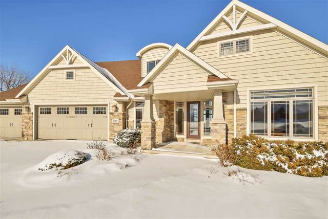 3313 Cottage Hill Drive, Green Bay, WI 54311 (#50215679) :: Todd Wiese Homeselling System, Inc.