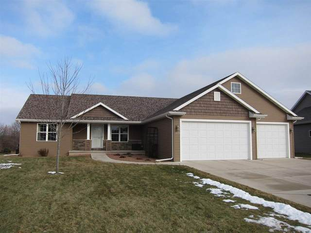 2135 Windflower Drive, Neenah, WI 54956 (#50215864) :: Todd Wiese Homeselling System, Inc.