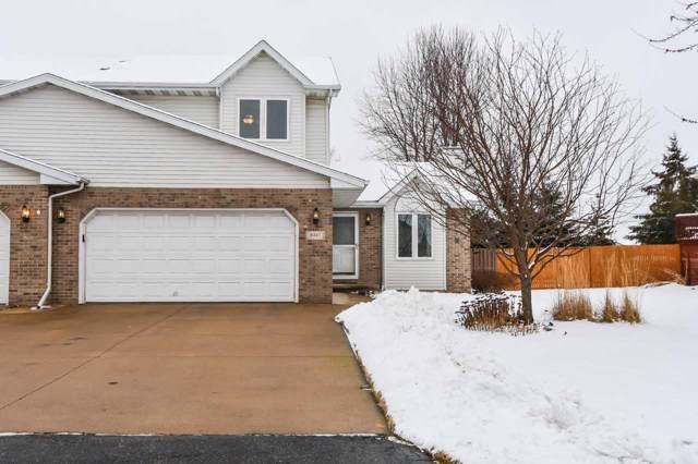 N322 Eastowne Court, Appleton, WI 54915 (#50216032) :: Todd Wiese Homeselling System, Inc.