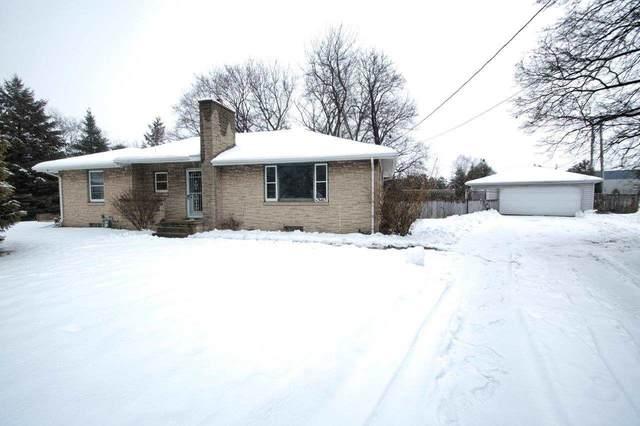 W3465 Newberry Street, Appleton, WI 54915 (#50216478) :: Todd Wiese Homeselling System, Inc.