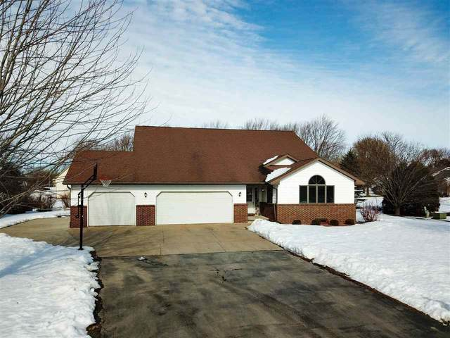 W2804 Kebe Court, Appleton, WI 54915 (#50216821) :: Todd Wiese Homeselling System, Inc.