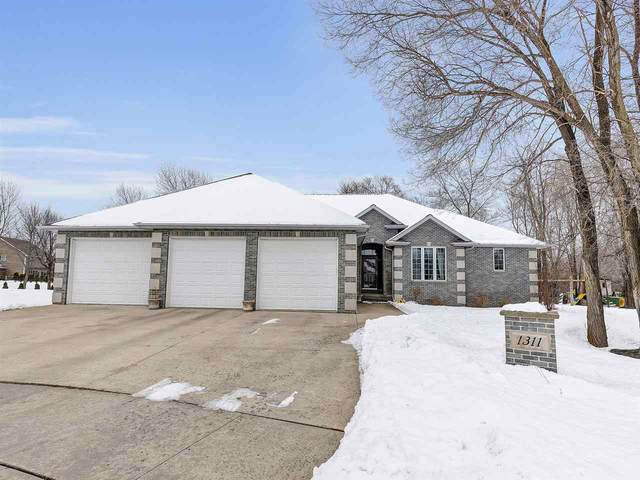 1311 Grasswoods Court, De Pere, WI 54115 (#50216911) :: Todd Wiese Homeselling System, Inc.