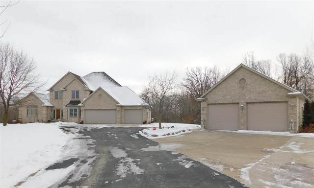 2569 Whispering Oak Court, De Pere, WI 54115 (#50216971) :: Todd Wiese Homeselling System, Inc.