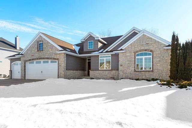 1398 Angels Path, De Pere, WI 54115 (#50217067) :: Todd Wiese Homeselling System, Inc.