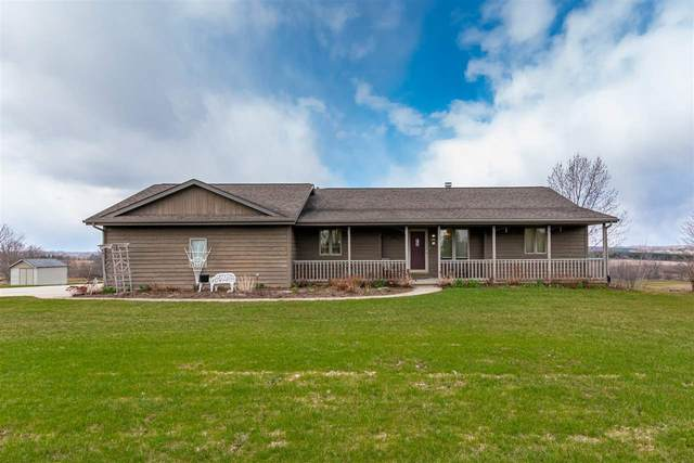 N1826 Hwy 28, Adell, WI 53001 (#50217092) :: Todd Wiese Homeselling System, Inc.