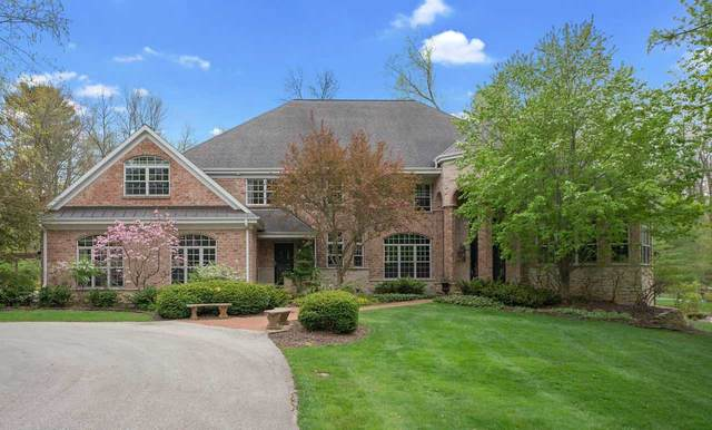 4532 Algonquin Trail, Green Bay, WI 54313 (#50217112) :: Todd Wiese Homeselling System, Inc.