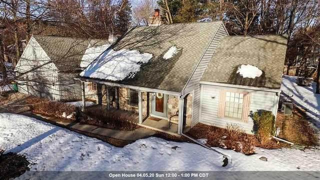 533 W Chickadee Lane, Green Bay, WI 54313 (#50218425) :: Todd Wiese Homeselling System, Inc.