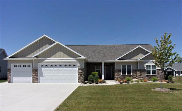 1944 Big Bend Drive, Neenah, WI 54956 (#50220580) :: Todd Wiese Homeselling System, Inc.