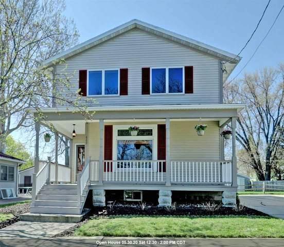 609 W 3RD Street, Appleton, WI 54911 (#50221483) :: Todd Wiese Homeselling System, Inc.
