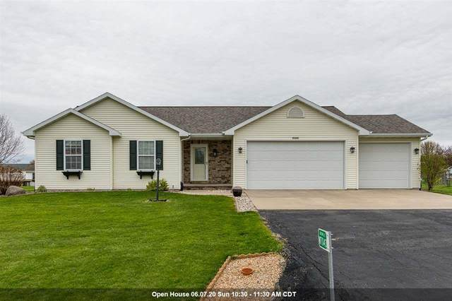 W7043 Maple Terrace Road, Greenville, WI 54942 (#50222004) :: Todd Wiese Homeselling System, Inc.