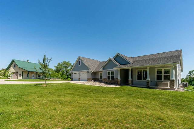 400 Sunnyview Lane, Princeton, WI 54968 (#50226504) :: Dallaire Realty