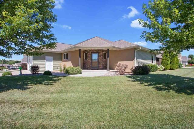 824 Barronwood Drive, Green Bay, WI 54311 (#50227329) :: Carolyn Stark Real Estate Team