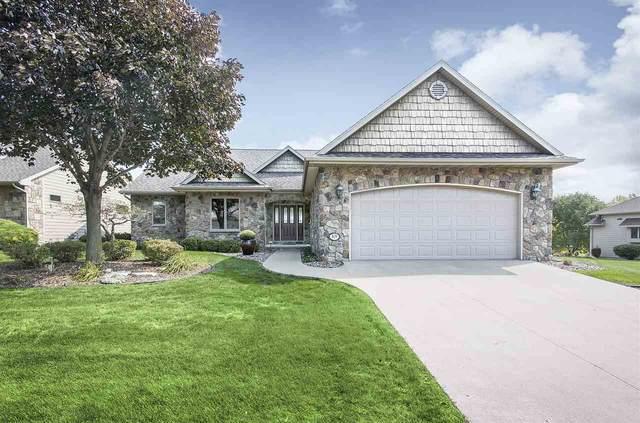 829 Whisper Falls Lane, Menasha, WI 54952 (#50229810) :: Ben Bartolazzi Real Estate Inc