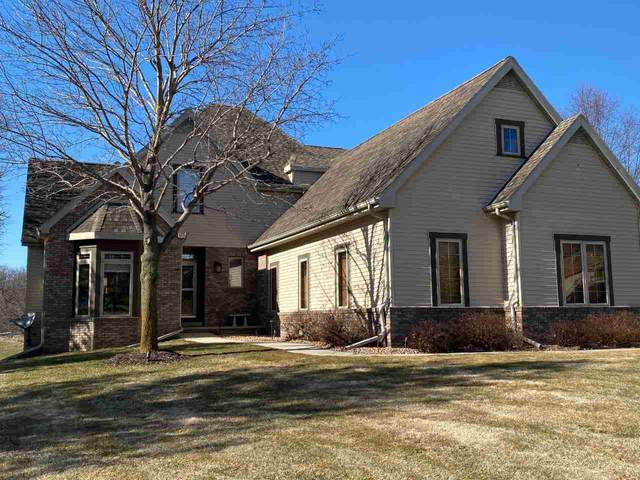 548 Ledgewood Drive, Fond Du Lac, WI 54937 (#50229997) :: Town & Country Real Estate