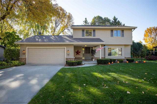 2411 W Cortland Drive, Appleton, WI 54914 (#50231275) :: Ben Bartolazzi Real Estate Inc
