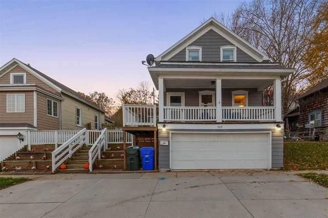 319 W 3RD Street, Kaukauna, WI 54130 (#50232145) :: Carolyn Stark Real Estate Team