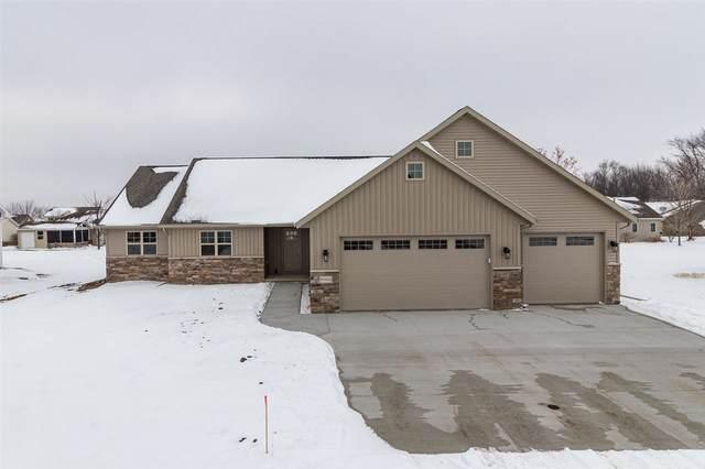 W5552 Hoelzel Way, Appleton, WI 54915 (#50232661) :: Todd Wiese Homeselling System, Inc.